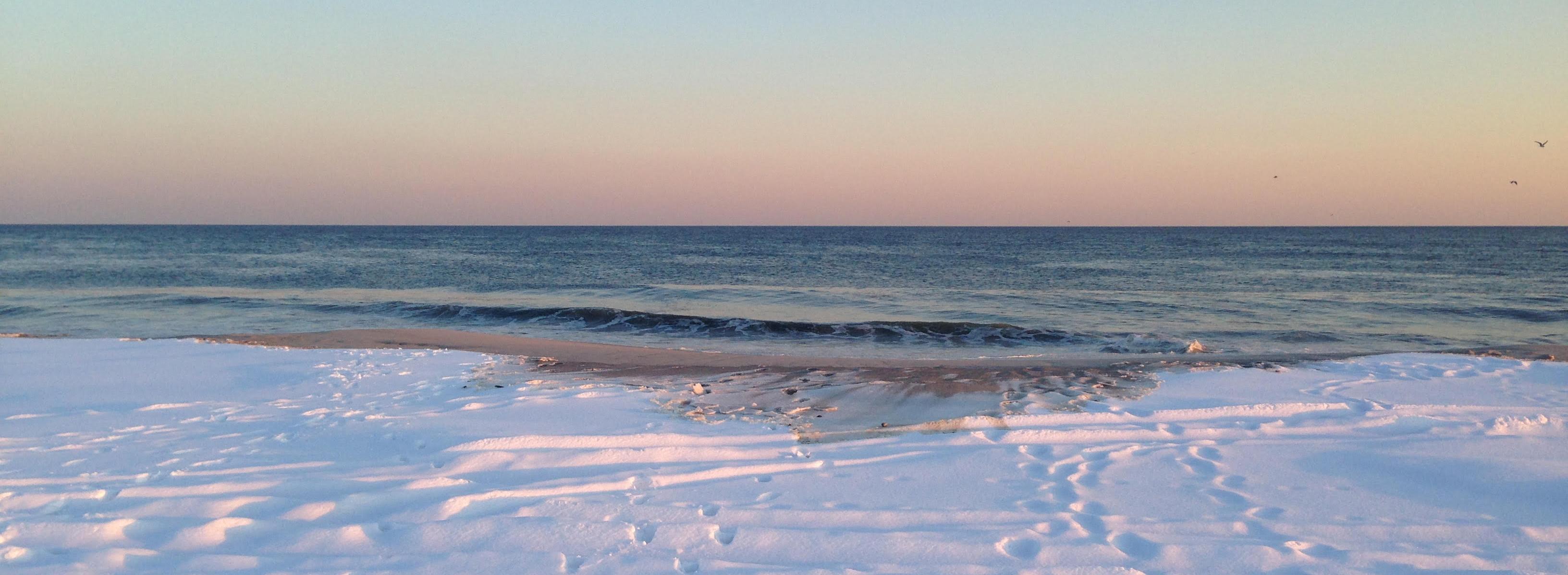 Snow at Jones Beach